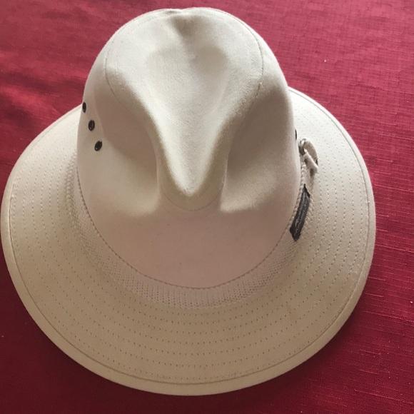 0ea30766a91 Panama Jack Fedora Hat. M 5a8afe495521bef2025f145a